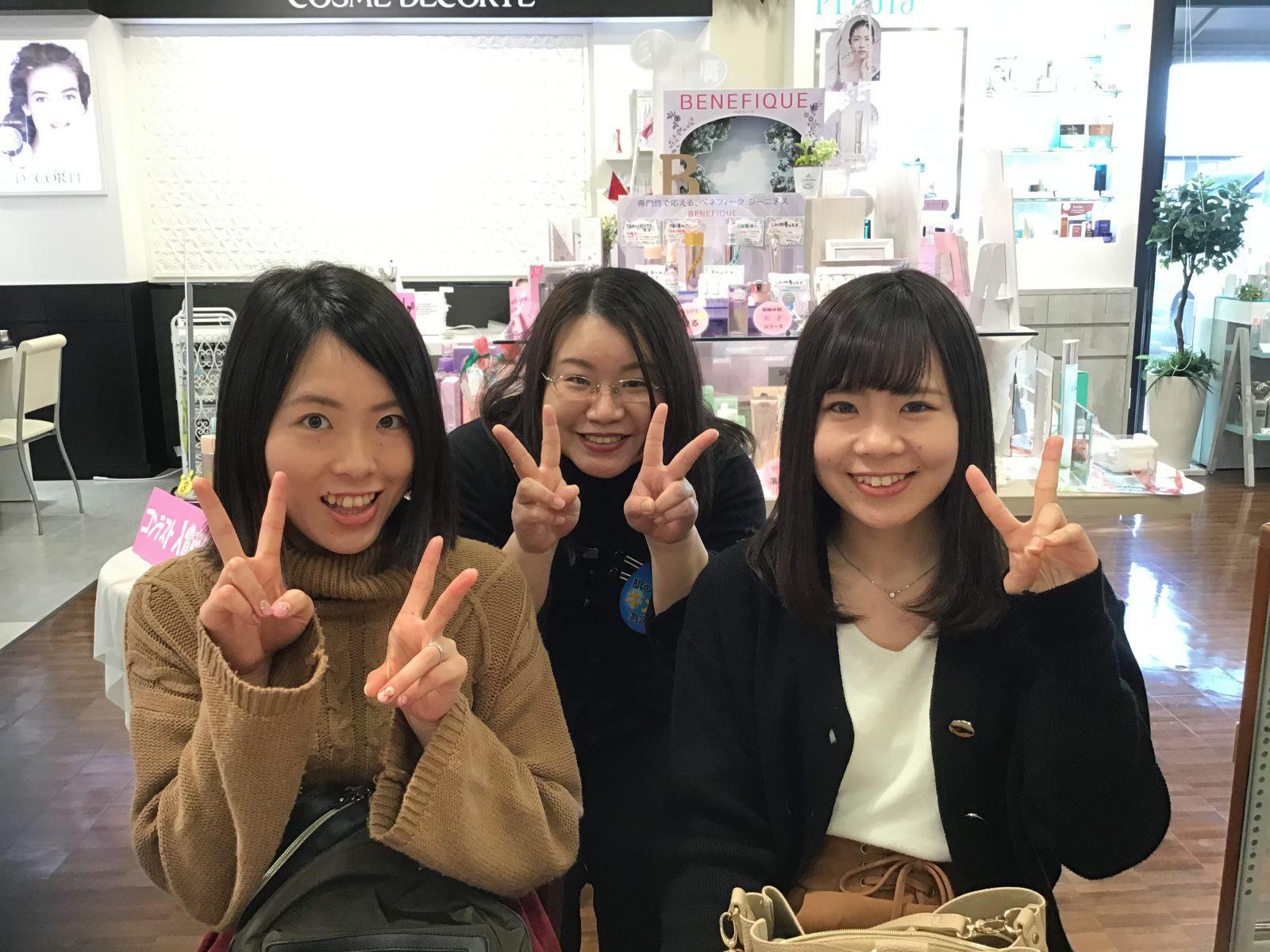 初めてご来店していただいた笑顔がステキなお2人。「キレイになりたい!」の想いが伝わりました!
